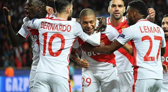 Mbappe, Dortmund'un fişini çekti!