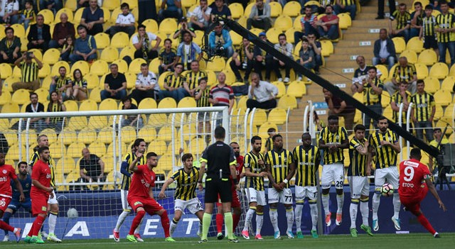 Fenerbahçe'ye Antalyaspor darbesi!