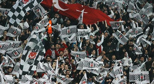 Beşiktaş taraftarından büyük tepki!