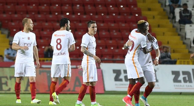 Galatasaray'da Josue gelecek sezon yok!