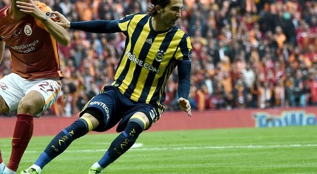 Fenerbahçe sözleşme tazeledi...