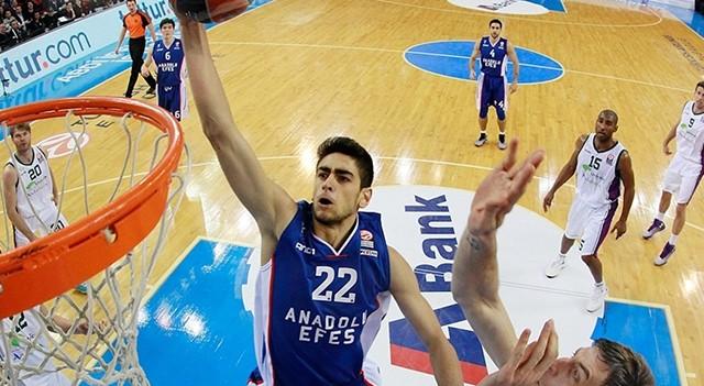NBA'de bir Türk daha!