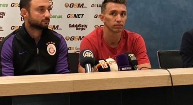 Muslera merak edilenleri yanıtladı! Sneijder açıklaması...