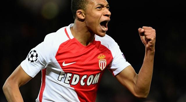 Kylian Mbappe 150 milyon Euro'ya PSG'de