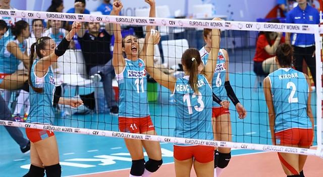 Türkiye, Avrupa Kadınlar Voleybol Şampiyonası'nda çeyrek finale çıktı!