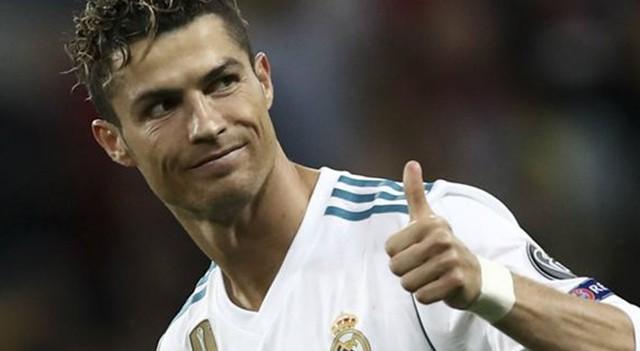 Ronaldo imza atmadan kriz çıktı!