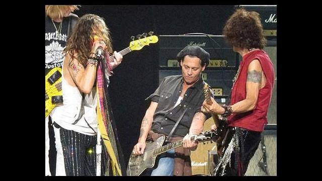 Johnny Depp Aerosmith'e mi giriyor?
