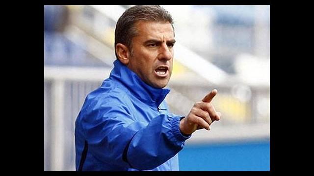 Hamzaoğlu Bursasporlu iki oyuncuyu övdü!