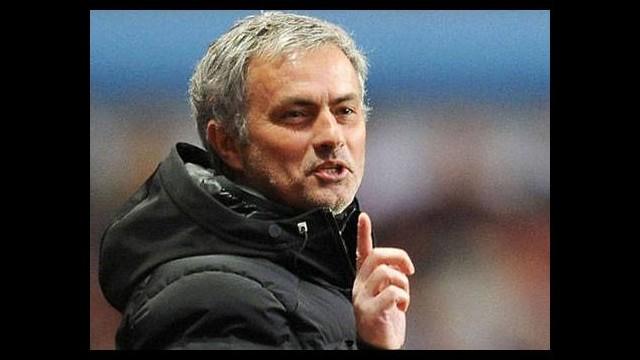Mourinho basın toplantısını terk etti!