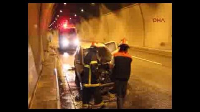 Bolu Dağı Tüneli'nde otomobil alev alev yandı