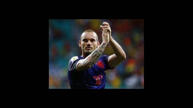 Sneijder dönüyor!