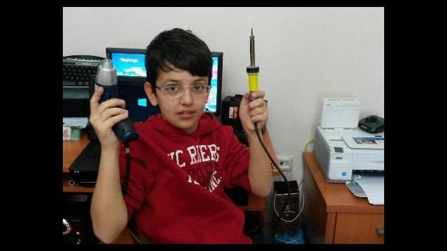 14 yaşında elektronik uzmanı