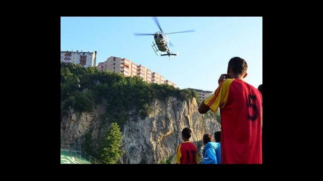 Maç Esnasında Sahaya Helikopter İnerse