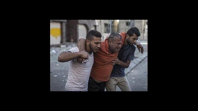 Maç izlemek için bir Filistinlinin evine daldık...