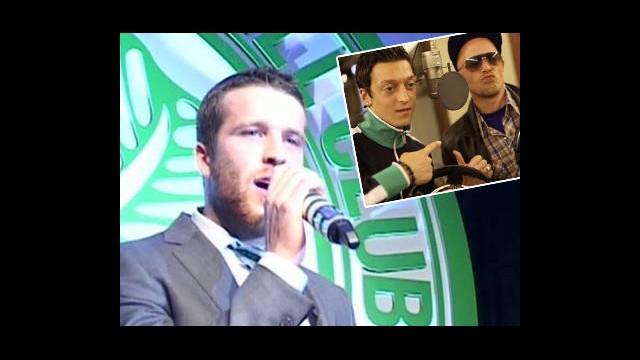 Futbolcular Mikrofonu Alıp Şarkı Söylerse...