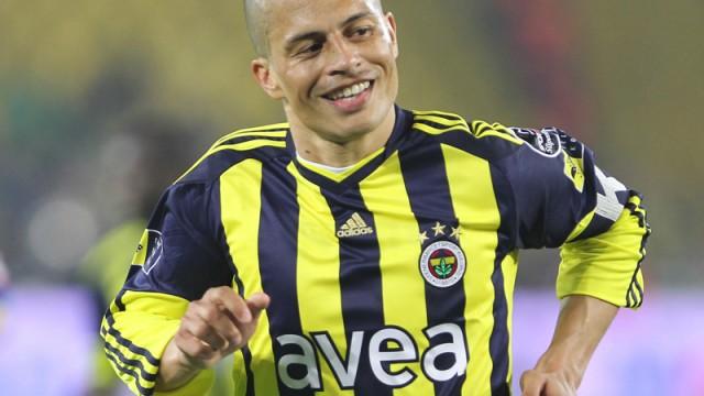 Alex De Souza İstanbul'a geliyor!