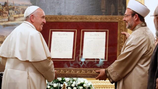 Diyanet İşleri Başkanı'ndan Papa'ya yanıt