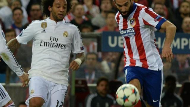 Arda Turan fark attı! Ronaldo ve Bale...
