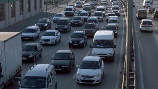 İstanbul'da trafiğe çıkacak sürücüler dikkat!