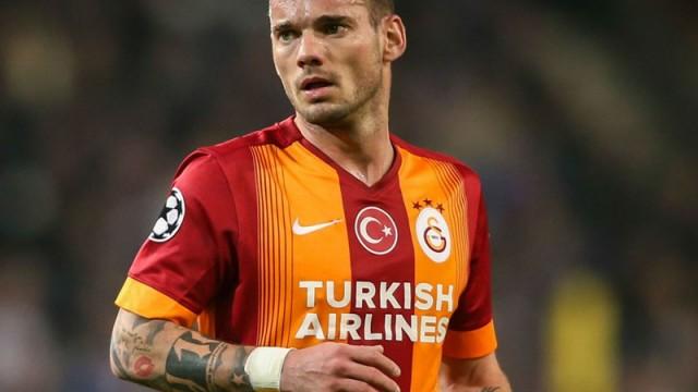 Sneijder kapıyı bu yüzden kırdı