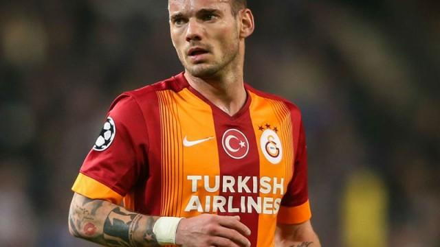 Eski hocası Sneijder'i istiyor! Ayrılacak mı?
