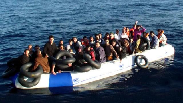 Ege'de 86 kaçak kurtarıldı