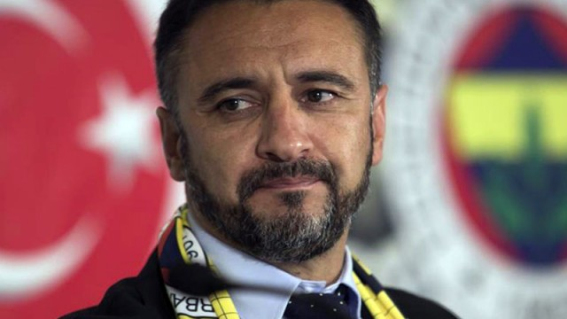 Vitor Pereira apar topar ülkesine gitti!