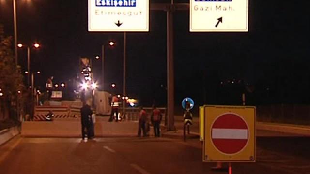 Gece 3'te trafiğe kapatıldı