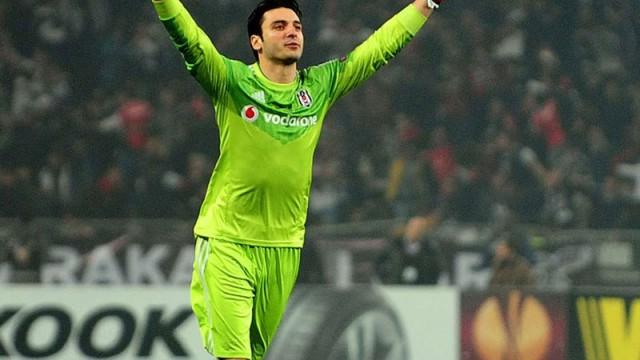 Beşiktaş'tan G.Saray'a Cenk Gönen cevabı