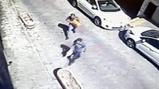 Dolmabahçe saldırganları güvenlik kamerasında