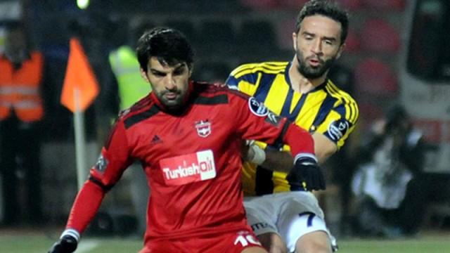 Gökhan Gönül'ün maç sonu 'zemin' eleştirisi