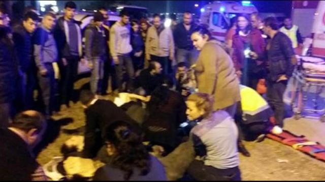 Antalya'da zincirleme kaza! Çok sayıda yaralı var...