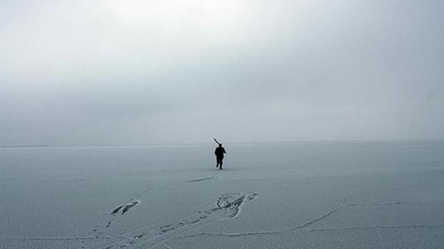 Çıldır Gölü dondu!