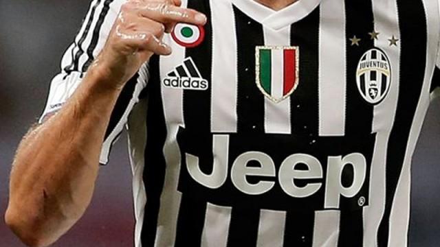 Ezeli rakipler Juventus'un yıldızı için karşı karşıya geldiler!