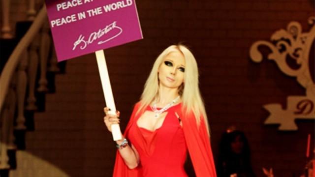 'Barbie'den Atatürk'lü mesaj
