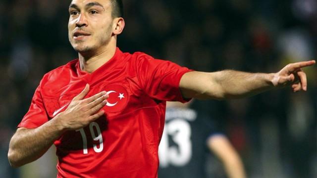 Galatasaray'a yeşil ışık! Milli yıldız transfer için can atıyor...