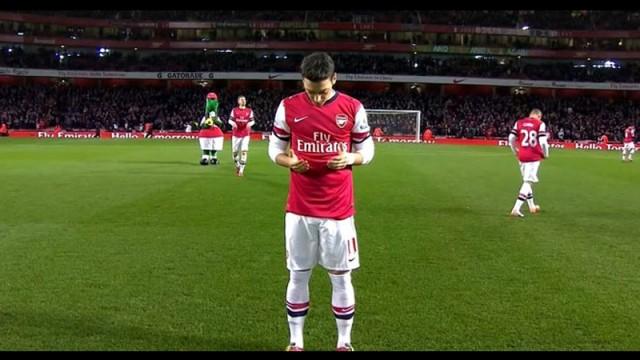 İngiltere'de gündem Mesut'un duası!