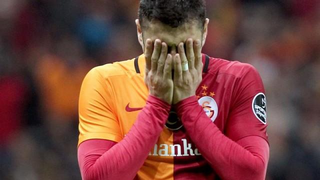 Galatasaray'da şok üstüne şok! Seferberlik ilan edildi