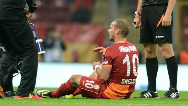 Sneijder'den Galatasaray'a kötü haber