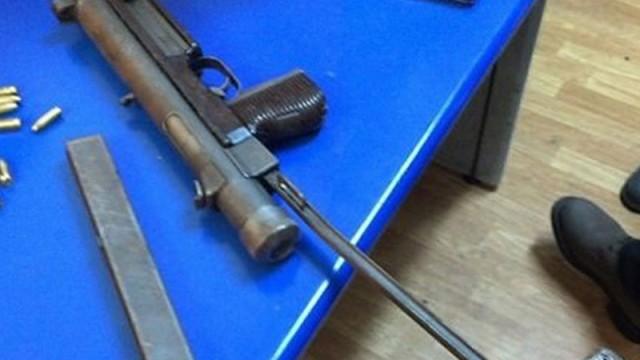 Şüpheli yolcu Rus menşeli suikast silahıyla yakalandı!