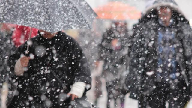 İstanbul'a kar uyarısı! Valilik gün ve saat verdi