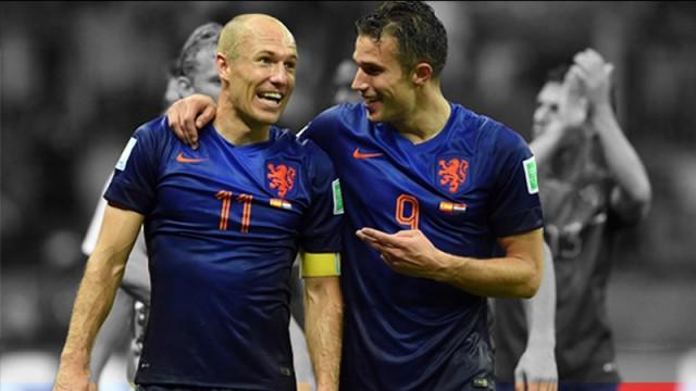 Robben'den Van Persie'ye Fenerbahçe mesajı!