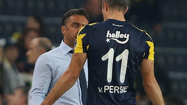 Van Persie'den hocası Pereira ile ilgili olay sözler!