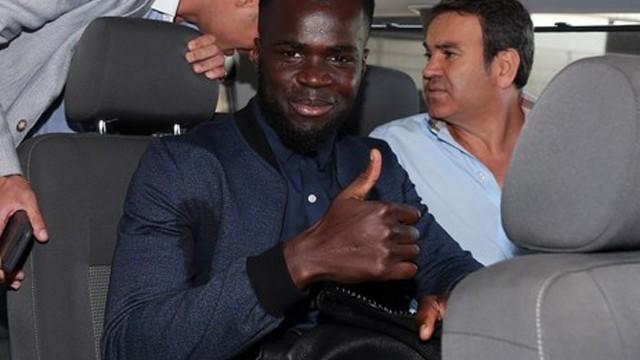 Galatasaray'ın imza için getirdiği Tiote sakat çıktı!