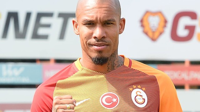 Galatasaray Nigel de Jong transferini borsaya bildirdi!
