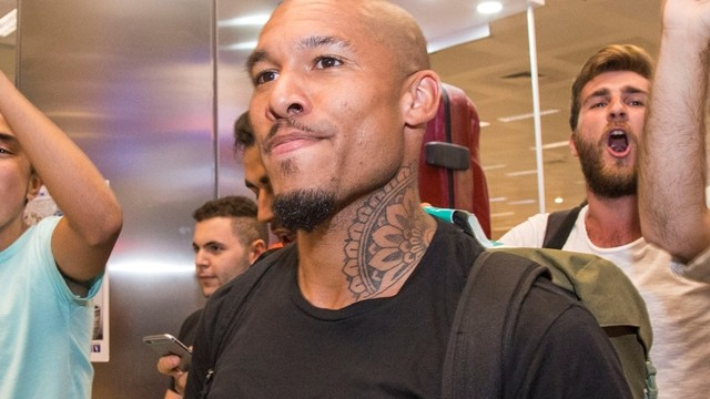 Los Angeles Galaxy'de Nigel de Jong şoku!
