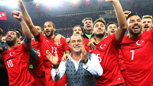 A Milli Futbol takımımızın 2018 Dünya Kupası grup maçları TV8'de!