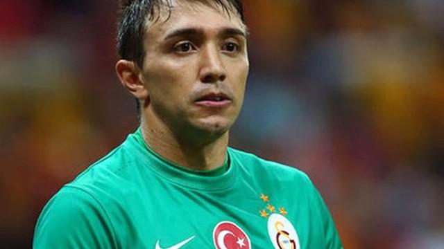 Galatasaray kalecisi Muslera milli takım kampında sakatlandı