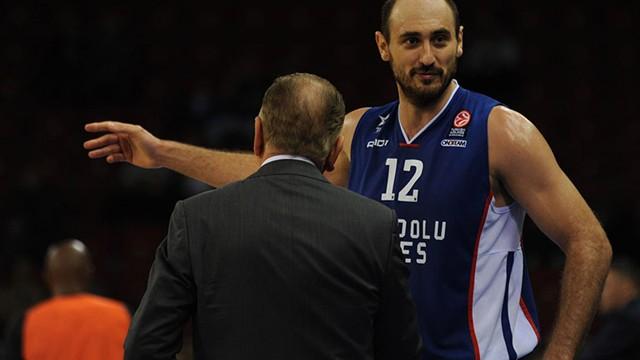 Galatasaraylı Nenad Krstic basketbolu bıraktı!