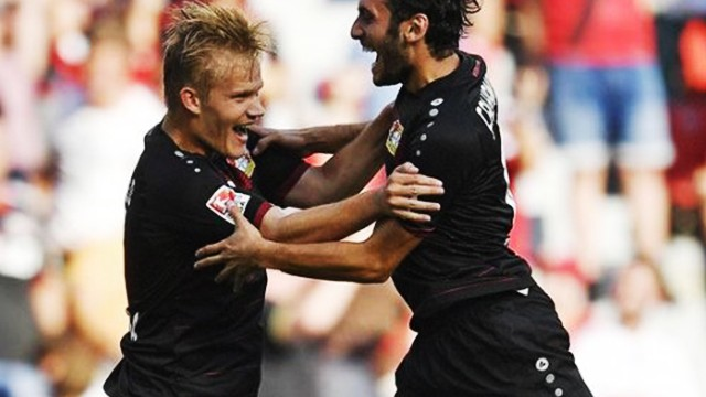 Hakan Çalhanoğlu, Bayer Leverkusen'e puanı getirdi!
